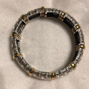 EUC - Vintage Two-Toned Stretch Bracelet